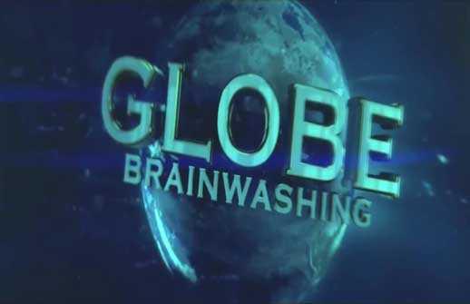 """Flache Erde Meme: der gezoomte Globus aus dem """"Weltraum"""" (+ Was ist Gravitation?)"""